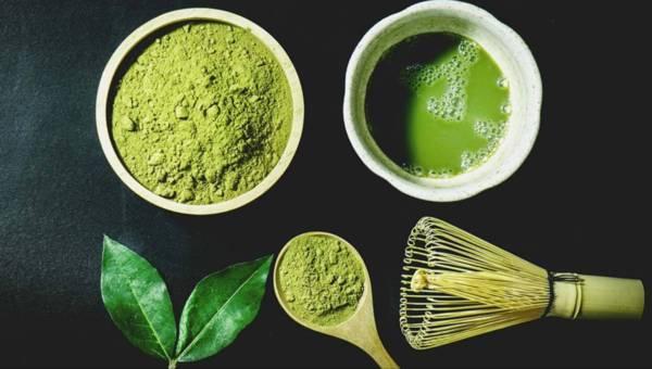 Matcha do jedzenia. Na rynku pojawia się coraz więcej produktów, które powstały z najzdrowszej herbaty świata