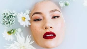 Sposoby na młody wygląd: pielęgnacja i makijaż