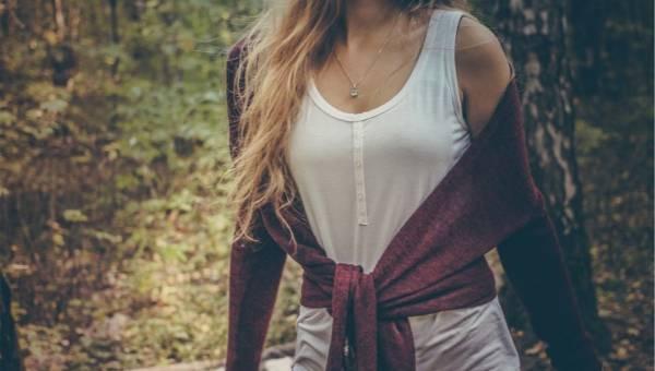 Jak wykorzystać letnie ubrania jesienią?