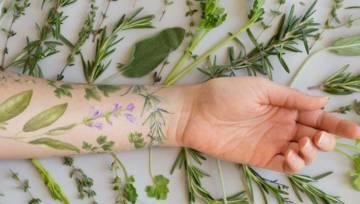 Pachnące tatuaże roztoczą wokół Ciebie aromat kwiatów i ziół!