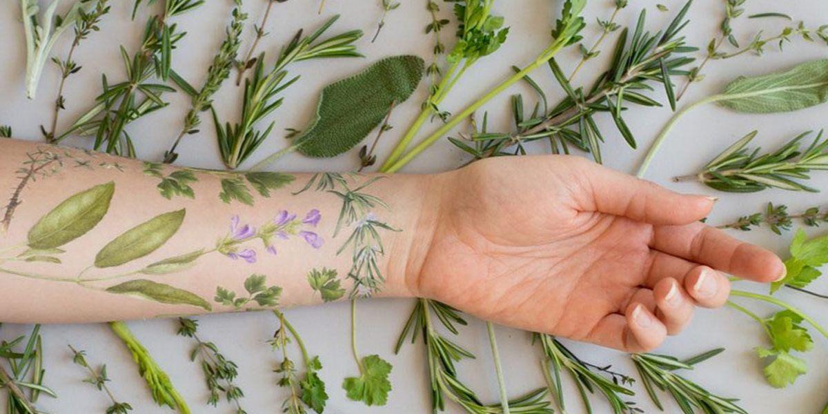 Pachnące Tatuaże Roztoczą Wokół Ciebie Aromat Kwiatów I Ziół