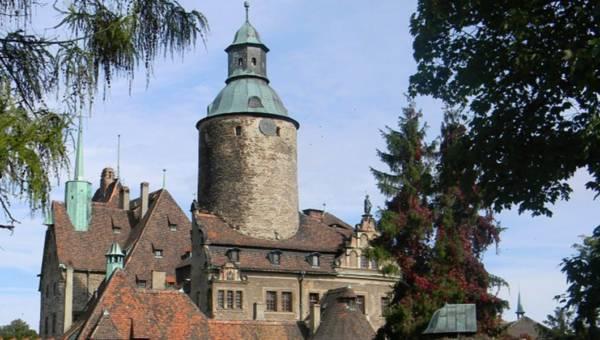 Nietypowe hotele w Polsce – poznaj najciekawsze miejsca noclegowe w kraju