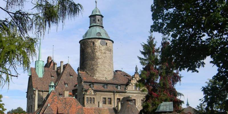 nietypowe hotele w Polsce