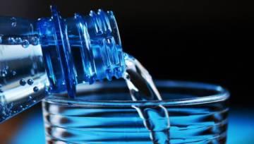 Woda – jaką należy pić, żeby być zdrowym?