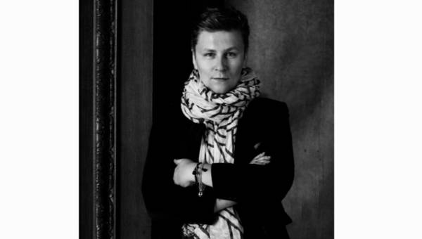 """""""Trendy? Nie znoszę tego określenia"""" – mówi Dawid Tomaszewski, jeden z polskich projektantów robiących karierę za granicą"""