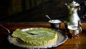 Przepis na sernik z herbatą matcha w kolorze zielonym