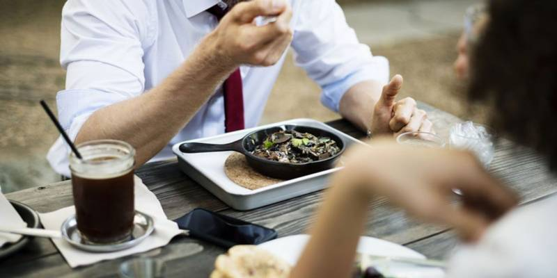randka wspólny posiłek