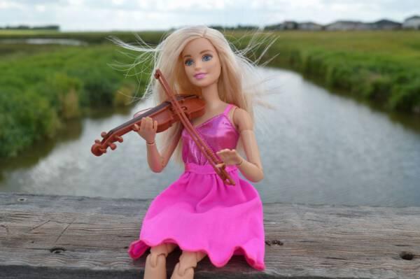 Historia Lalki Barbie Jak Powstała Największa Ikona
