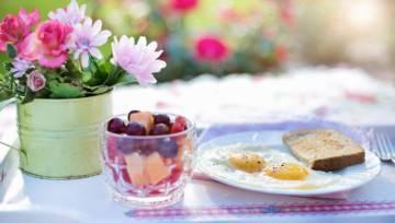 Zdrowe śniadanie – co powinnyśmy jeść, żeby dobrze zacząć dzień?