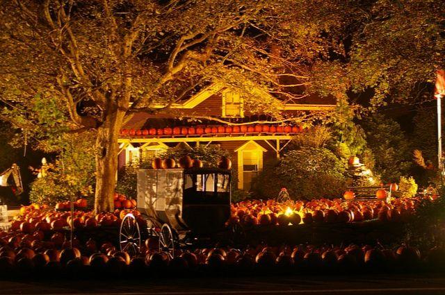 przystrojenie domu na halloween