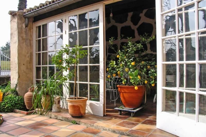 ogród zimowy na tarasie