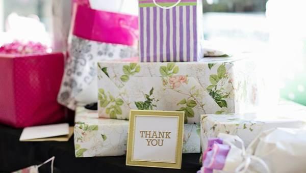 Oryginalne prezenty ślubne dla nowożeńców