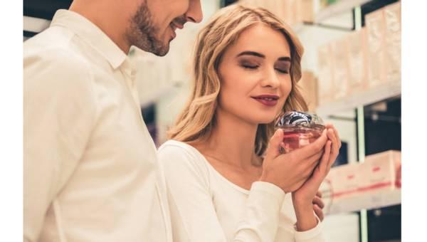 Najlepsze perfumy z jednej linii dla par: dla niej i dla niego!