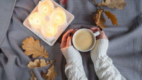 Najpiękniejsze zapachy świec na jesień!