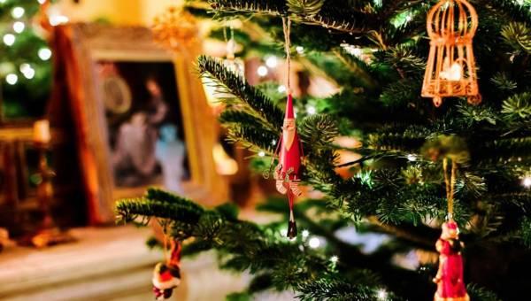 Wykorzystaj ramki na zdjęcia i stwórz niezwykły prezent świąteczny!