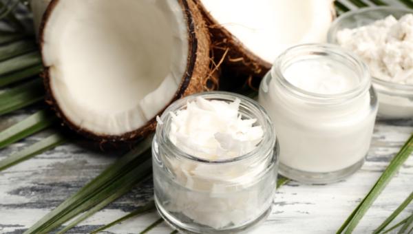 Olej kokosowy i jego rodzaje – właściwości i zastosowanie