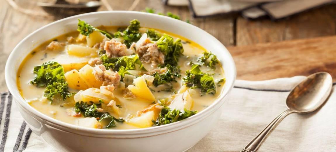 Przepis na zupę ribolitta z jarmużem i serem