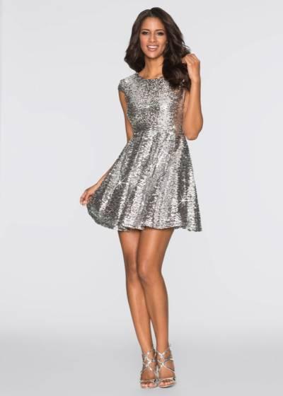 Przewodnik zakupowy: sukienki na sylwestra 2017/2018