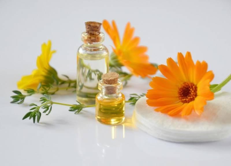 Naturalne serum do twarzy: DIY