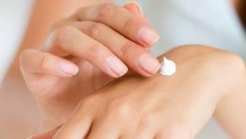 Maseczka odmładzająca dłonie: 7 łatwych przepisów