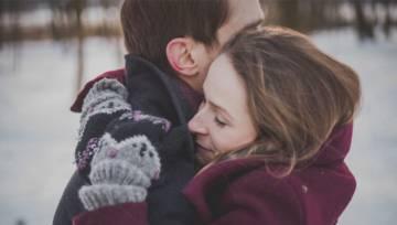 Przytulanie w związku – 5 największych korzyści