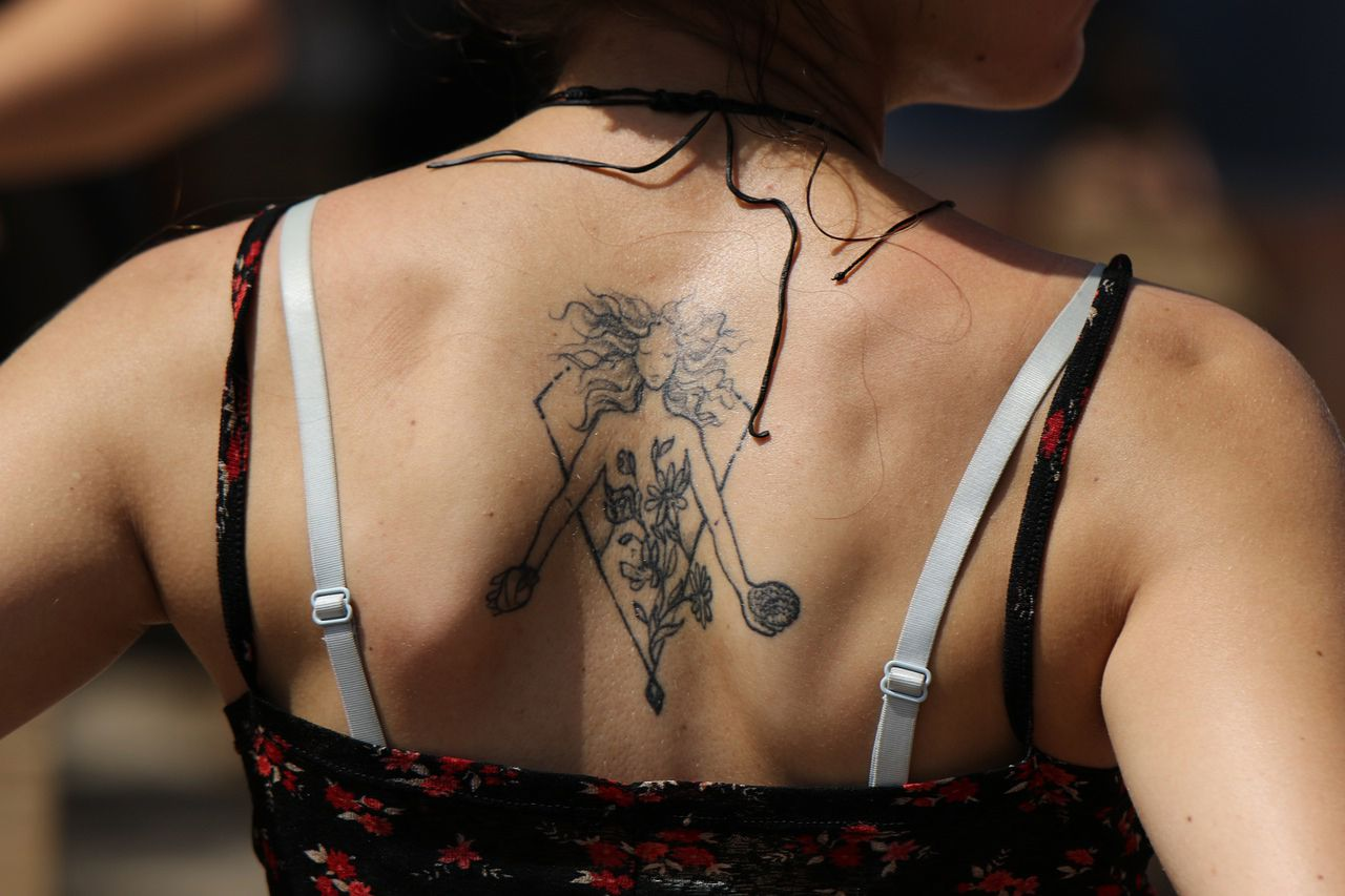 Tatuaże Znaków Zodiaku Jaki Pasuje Do Ciebie Kobietamagpl