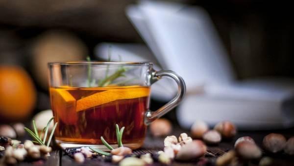 Teatox. Czy detoks herbaciany jest bezpieczny?