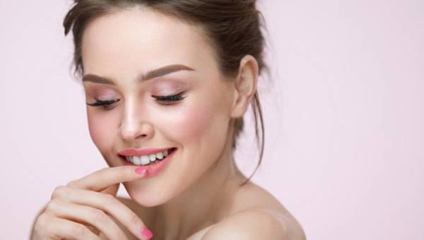 Jakie nowości powinny się pojawić w wiosennej kosmetyczce?