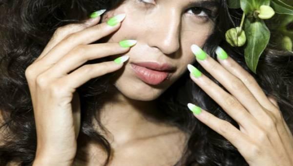 Podpatrzone w sieci: wzorki na paznokcie 2014 – 10 propozycji na zielony mani