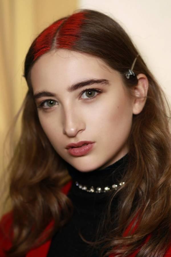 Modne fryzury damskie lato 2018 modne kolory na włosach