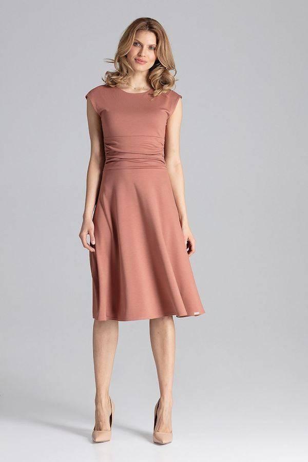 34f9fc7005 Sukienka w odcieniu ciepłego brązu z lekkim marszczeniem na brzuchu – Figl