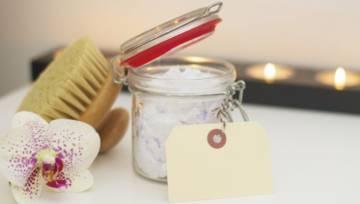 Kąpiele ujędrniające skórę – jak je przygotować?