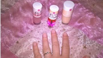 Kosmetyki z Biedronki, które uratują Twoje paznokcie! Testujemy limitowaną kolekcję Bell!