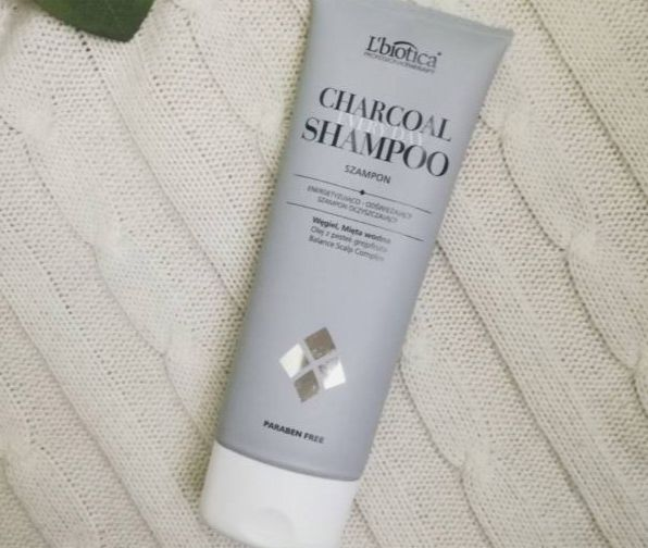 L'biotica, Charcoal Everyday Shampoo - Energetyzujący Szampon Oczyszczający