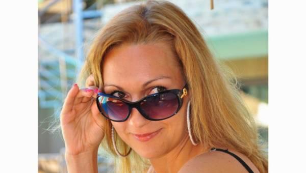 Kocie okulary – trend, na punkcie którego oszalały gwiazdy!