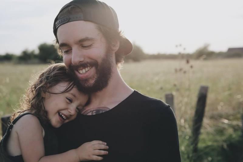5 rzeczy, których tata powinien nauczyć córkę