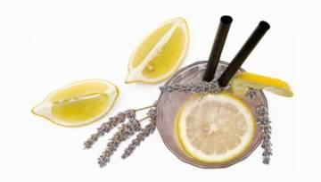 Lawendowa lemoniada. Orzeźwia i leczy!
