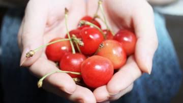 Jak oczyścić ręce po owocach? Sprawdzone tricki!