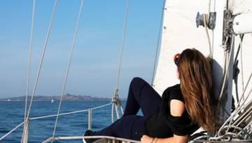 Jachtostop – jak żeglować za darmo? Niezwykły pomysł na tanie wakacje!