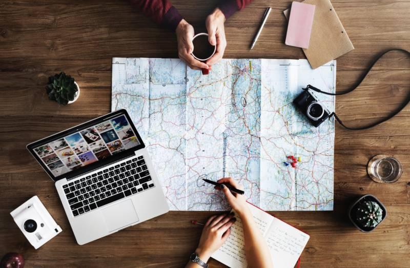 Co sprawdzić w Internecie przed wyjazdem na wakacje?