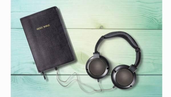 Nie masz czasu na chwilę z książką? Czytaj… uszami!