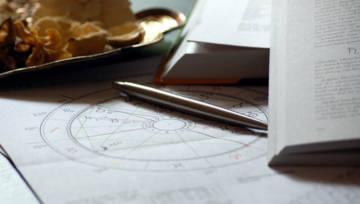 Horoskop według dnia tygodnia – co mówi o Tobie dzień, w którym przyszłaś na świat?