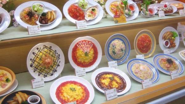 Jak rozpoznać podrobione produkty spożywcze i chemiczne jedzenie? Proste tricki