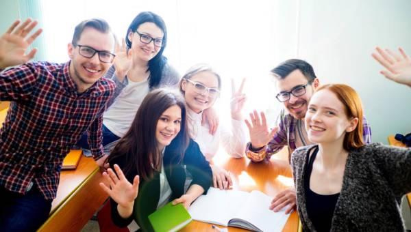 Jakie są zalety prywatnych szkół średnich?