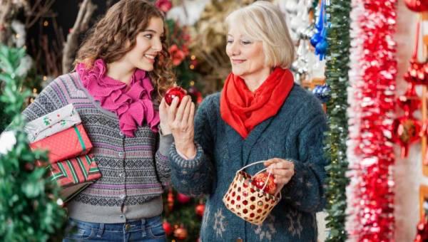 Świąteczne zakupy – stacjonarnie czy online?