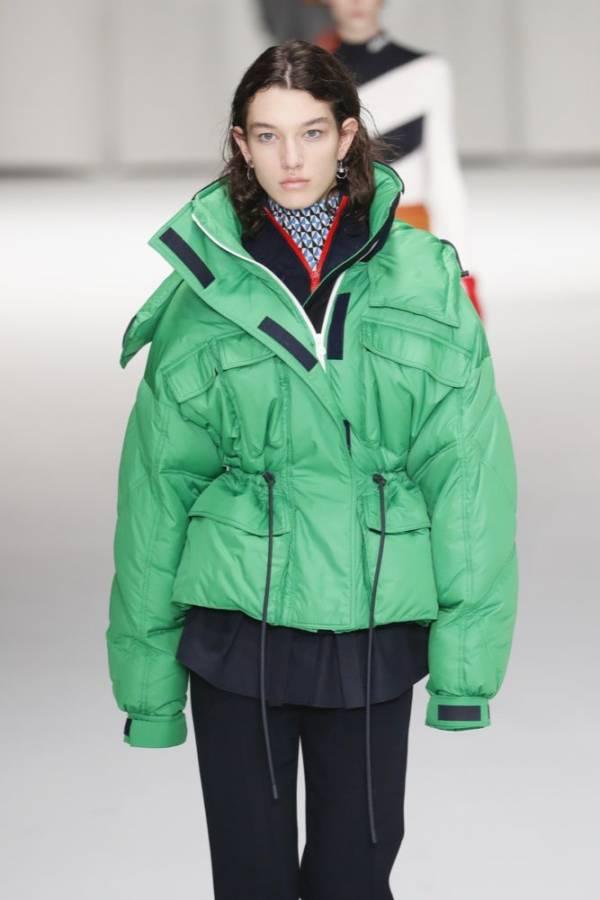 zielona krótka kurtka pikowana