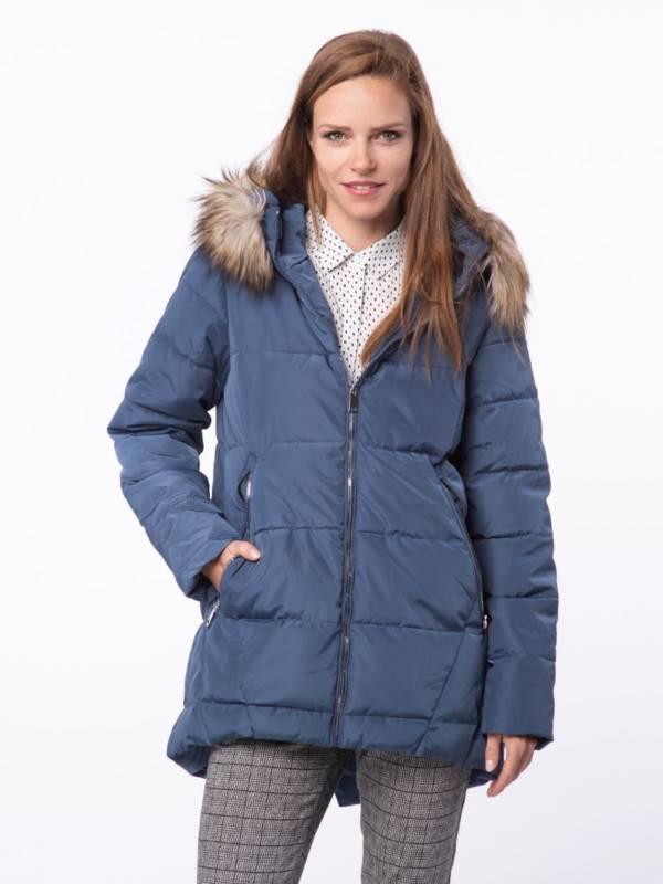 niebieska kurtka pikowana z kapturem z futerkiem jesień zima 2018/2019 model Volcano