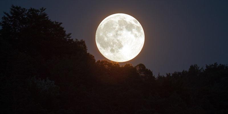 sztuczny księżyc