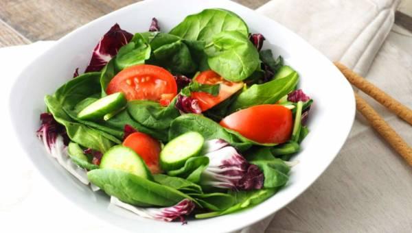 Czym się kierować wybierając catering dietetyczny?