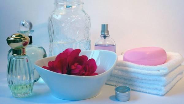 Kąpiel idealna – poznaj 10 kroków do pełnego relaksu